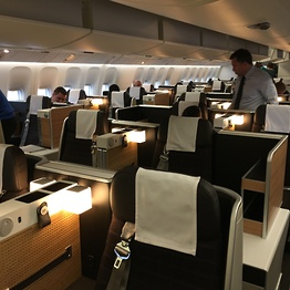 <p>Business Class in der SWISS Boeing 777-300ER. Neu mit Internet an Bord.</p>